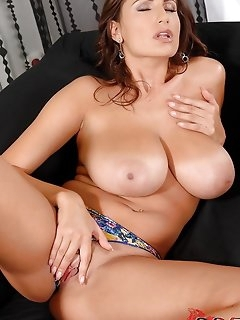 BBW perfect girls pictures